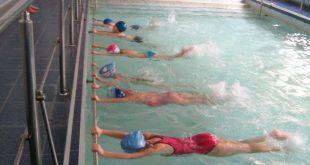 Плуването е важно за децата