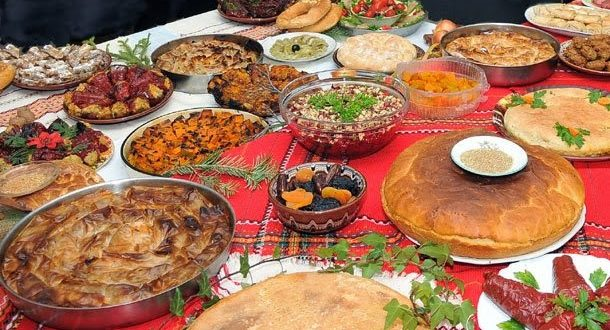 В някои краища на България Бъдни вечер се нарича Малката Коледа