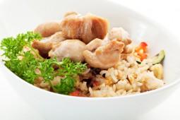 Пиле с тиквички