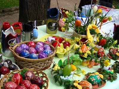 Великденски яйца и сувенири за подарък на Великден