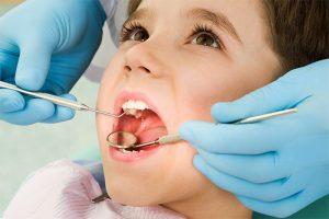Прегледът при зъболекар е задължителен