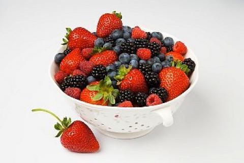 Ягоди и малини