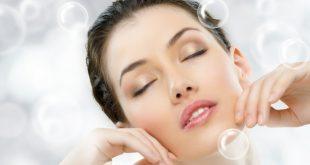 Чрез кислородната терапия се постига обогатяване на клетките на кожата с кислород, което ги предразполага към по-активно делене и обновяване.